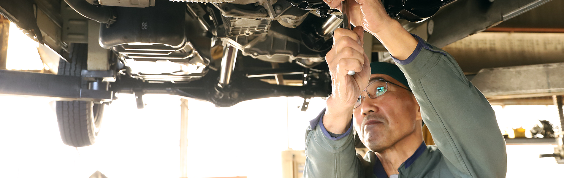 美濃加茂市の渡辺モータース車検整備・板金塗装